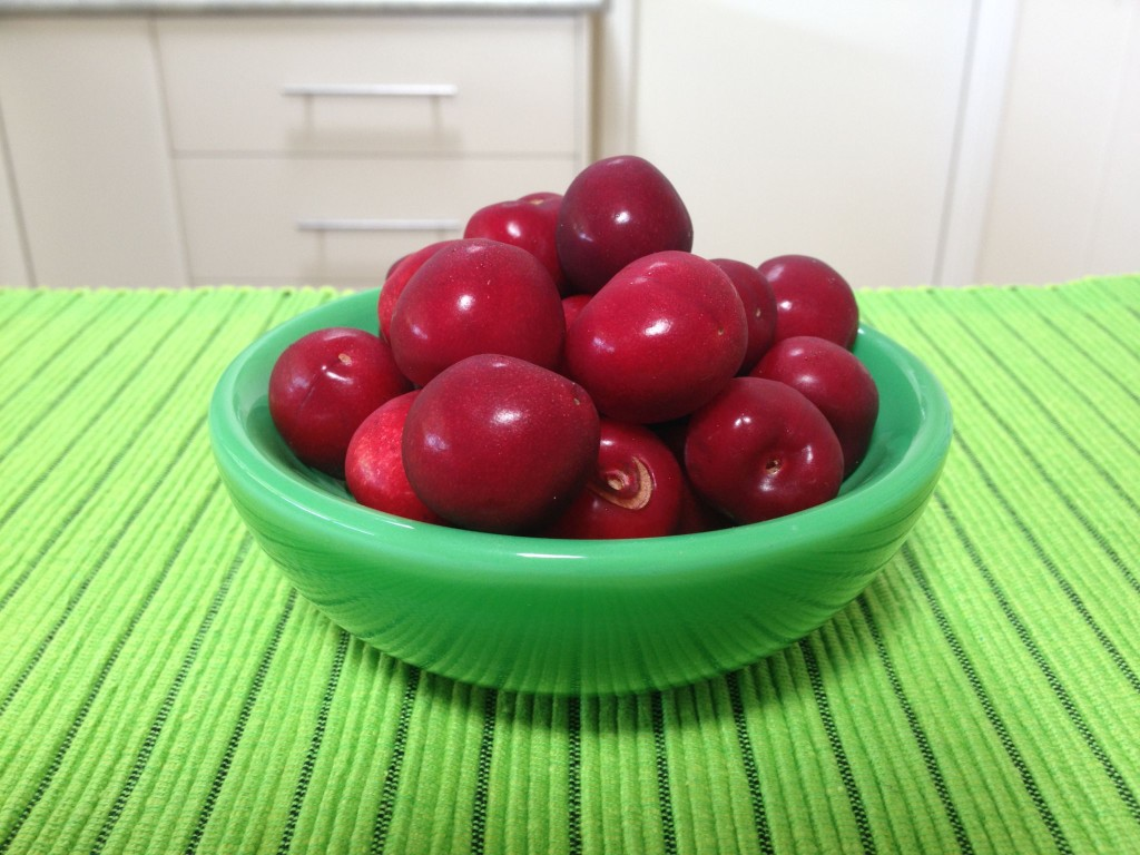Cherries contain bonus nutrients and phytochemicals