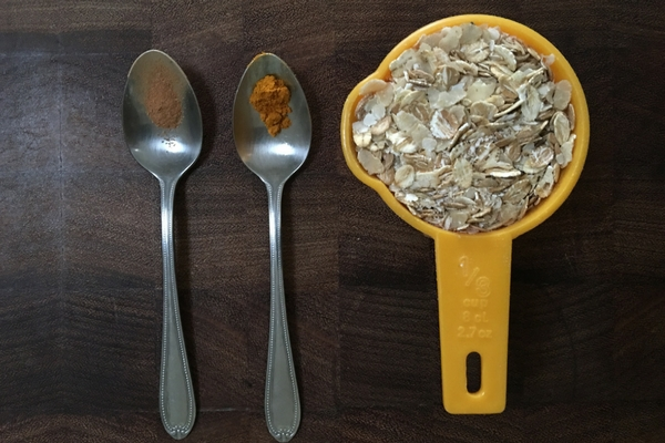 Ingredients for porridge, mixed grains and spices