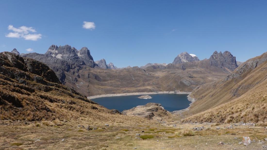 Lake Viconga Huayhuash Trek