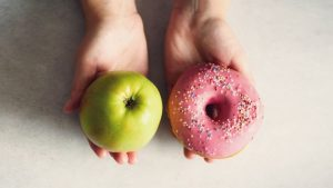 Choosing between an apple and a donut