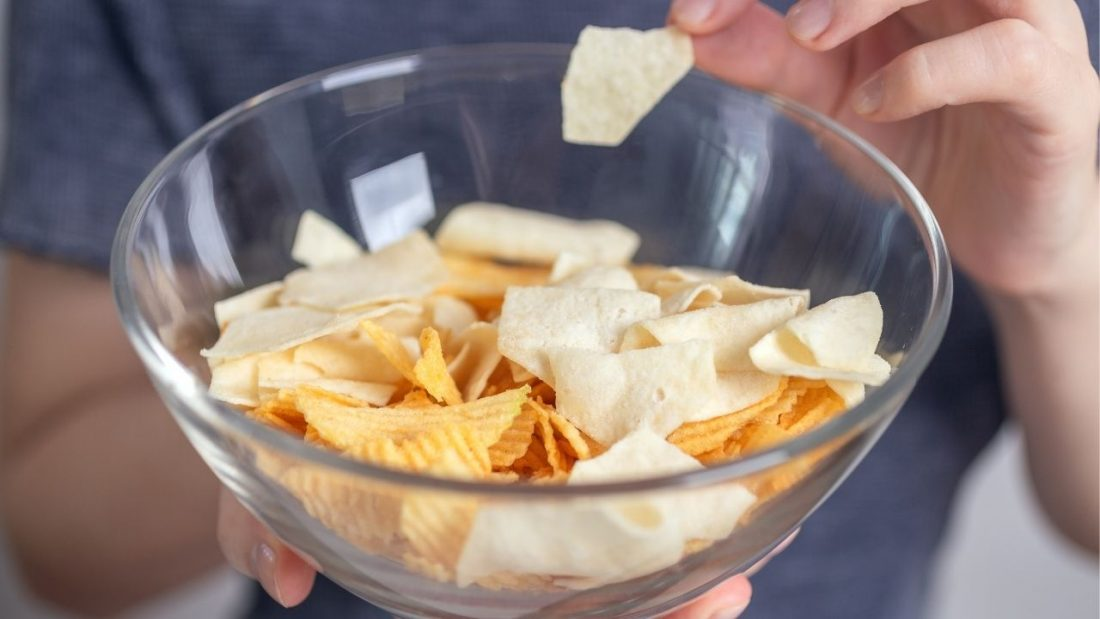 Bowl of potato crisps